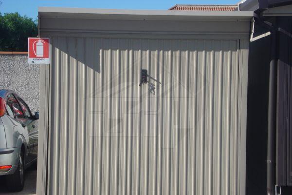 01-garage-prefabbricati96EF35CB-98E0-A422-052A-F274CD141E8C.jpg