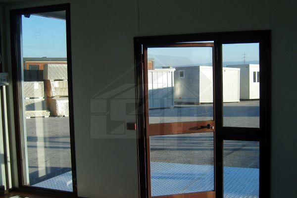 08-uffici-prefabbricati-su-misura-internoED1516B0-3210-F2BC-3367-980C4A2BA30A.jpg